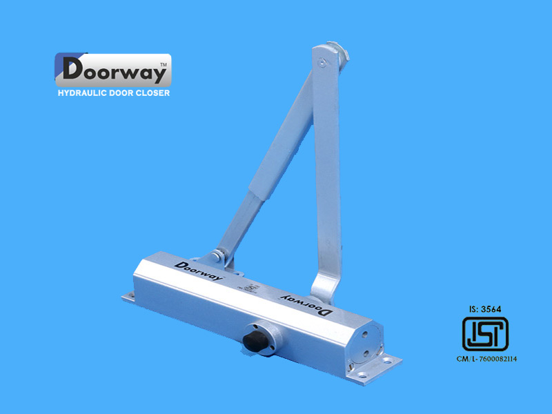 Hydraulic Door CLoser Manufacturers Silver Aluminium Body & Om Industries Om Industries Manufacturers Door Closer Door Closer ...